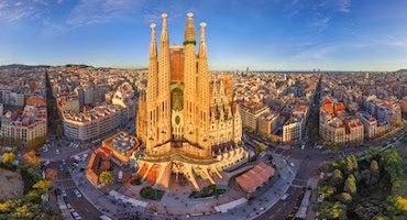 Encuentra dónde aparcar en Barcelona, España