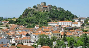 Encuentra dónde aparcar en Leiria, Portugal