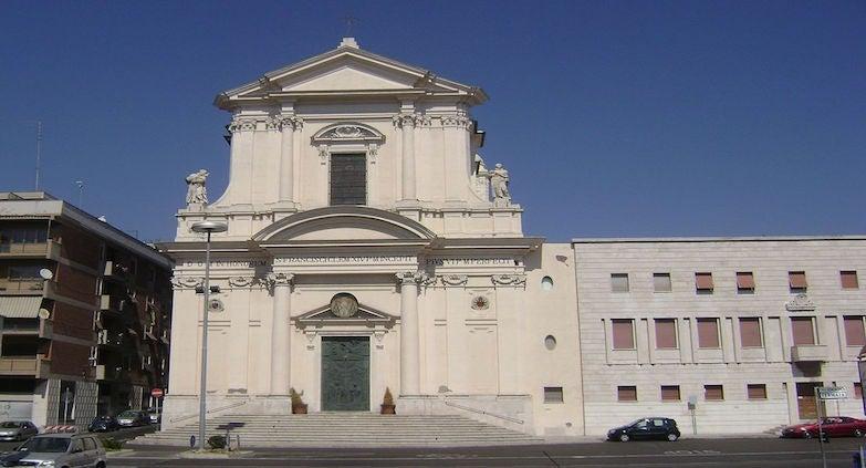 Encuentra dónde aparcar en Civitavecchia, Italia
