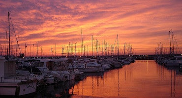 Find where to park in Mataro, Spain
