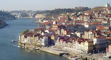 Encuentra dónde aparcar en Oporto, Portugal