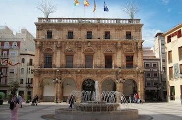Encuentra dónde aparcar en Castellón de la Plana, España