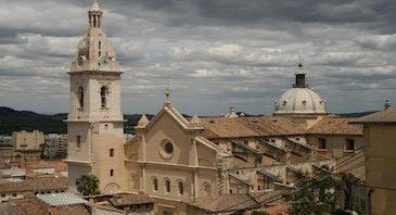 Encuentra dónde aparcar en Xàtiva, España