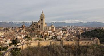 Encuentra dónde aparcar en Segovia, España