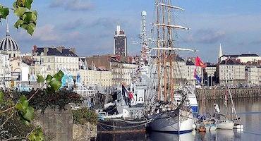 Encuentra dónde aparcar en Nantes, Francia