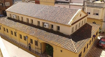 Trouvez un parking à Almussafes, Espagne