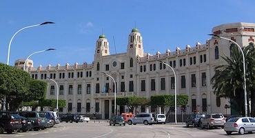 Encuentra dónde aparcar en Melilla, España