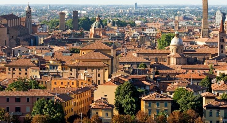 Encuentra dónde aparcar en Bolonia, Italia