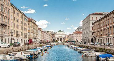 Encuentra dónde aparcar en Trieste, Italia