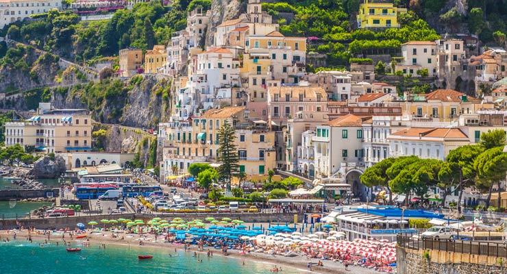 Encuentra dónde aparcar en Salerno, Italia