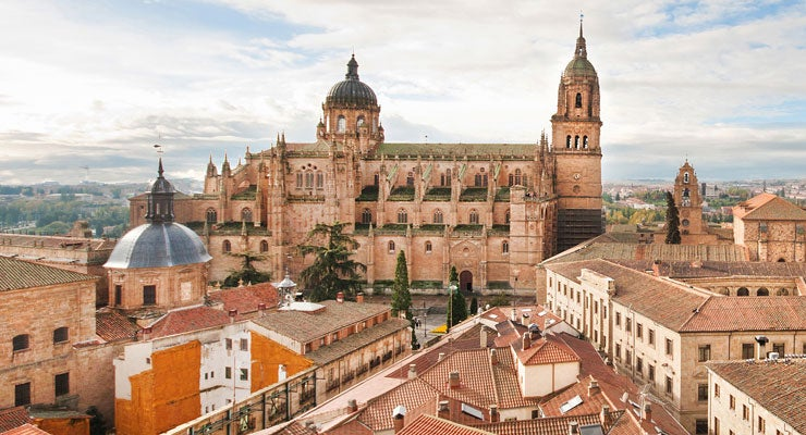 Find where to park in Salamanca, Spain