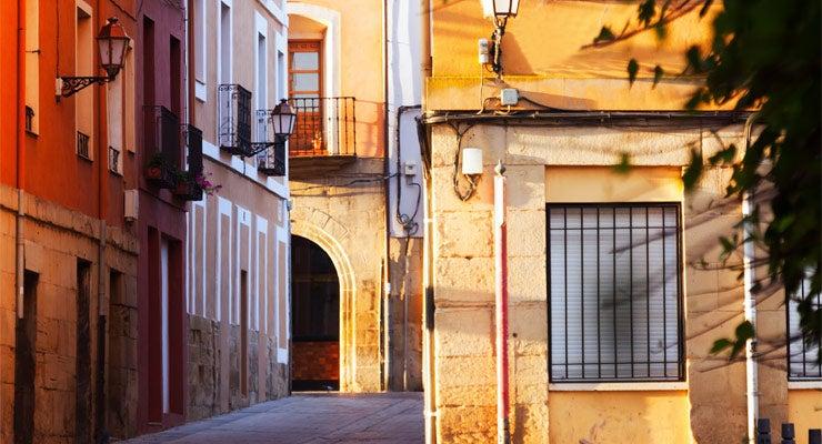 Trouvez un parking à Logrono, Espagne