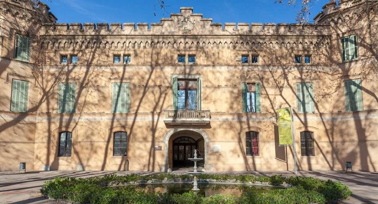 Find where to park in Cornellà de Llobregat, Spain