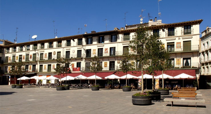 Find where to park in Tudela, Spain