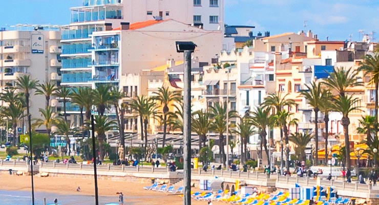 Find where to park in Sitges, Spain