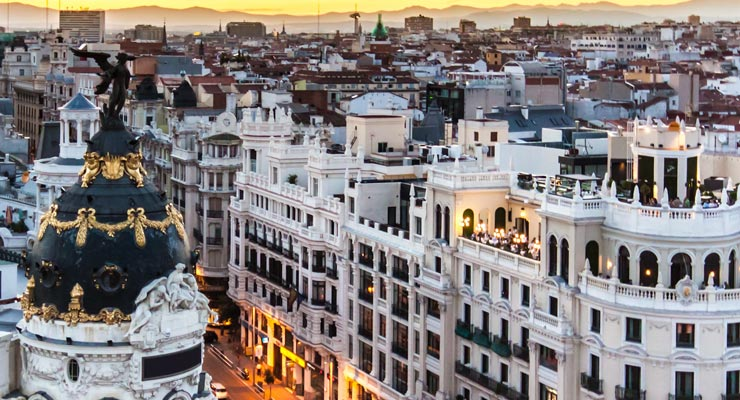 Find where to park in Madrid, Spain