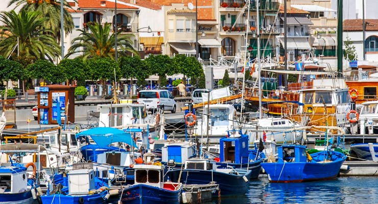 Find where to park in Cambrils, Spain