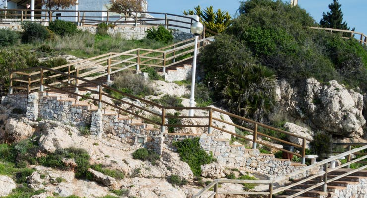 Find where to park in Rincon de la Victoria, Spain