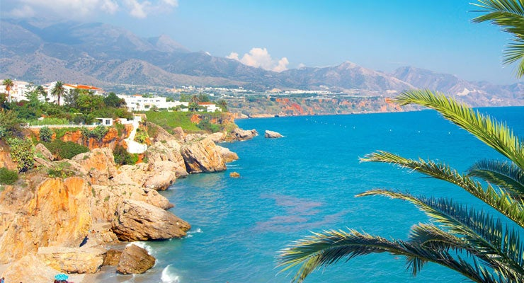 Find where to park in Marbella, Spain