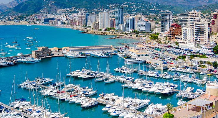 Find where to park in Calp, Spain