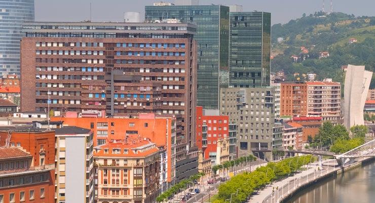 Trouvez un parking à Bilbao, Espagne