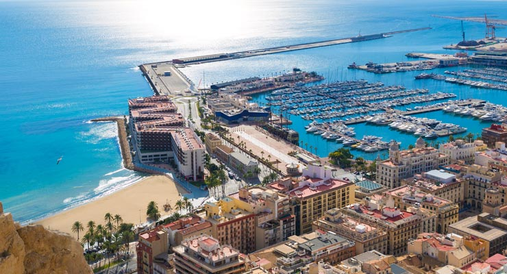 Find where to park in Alicante, Spain