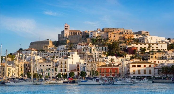Find where to park in Island of Ibiza, Spain