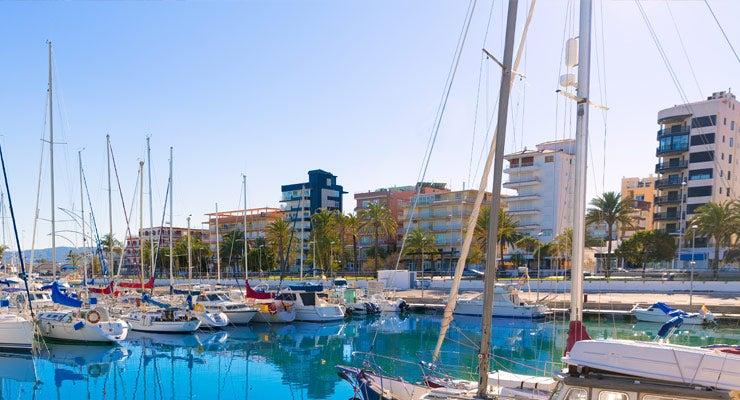 Trouvez un parking à Gandie, Espagne
