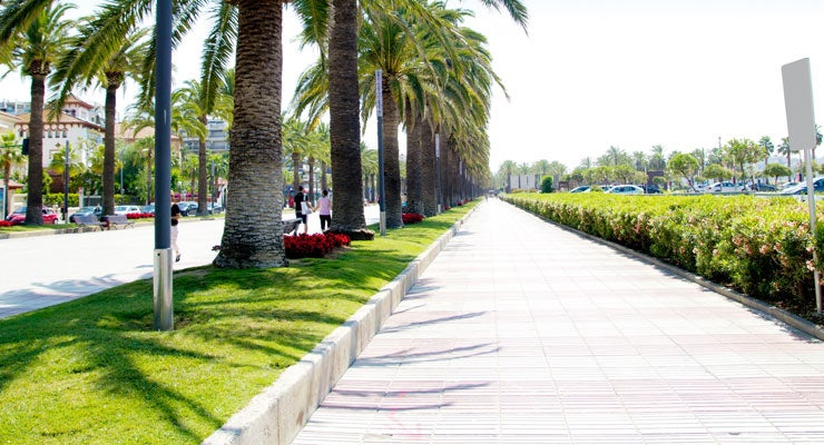 Find where to park in Salou, Spain