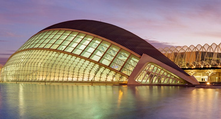 Find where to park in Valencia, Spain
