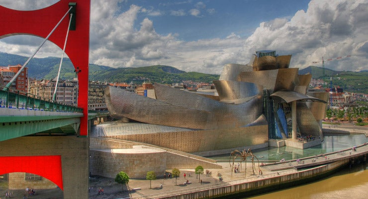 Find where to park in Bilbao, Spain