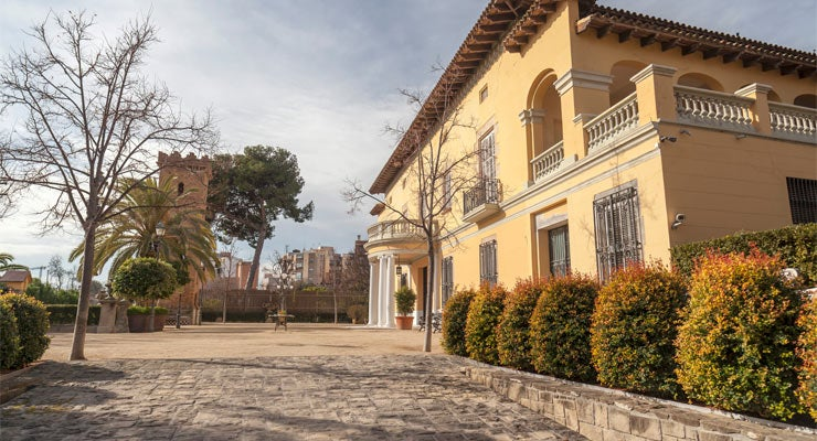 Find where to park in Hospitalet de Llobregat, Spain