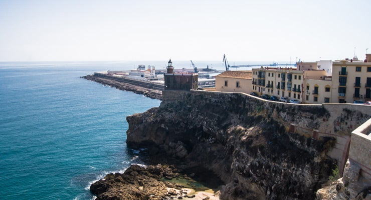 Find where to park in Melilla, Spain