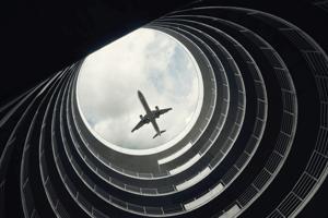 +50 luchthavens, havens en treinstations