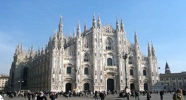 Aparca cerca de la Catedral de Milán in Parclick
