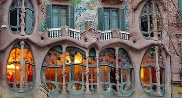 Parkings près de la Casa Batlló de Barcelone in Parclick