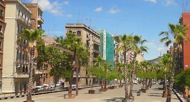 Parkings en el barrio de Sants-Badal en Barcelona in Parclick