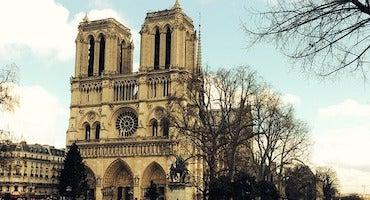 Car parks near Notre-Dame Cathedral in Paris in Parclick