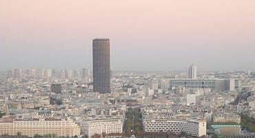 Car parks at the Tour Montparnasse in Parclick