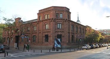 Parkings cerca del Teatro Galileo en Madrid in Parclick