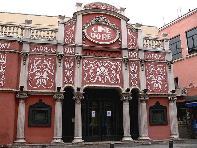 Parkings cerca del Cines Doré en Madrid in Parclick