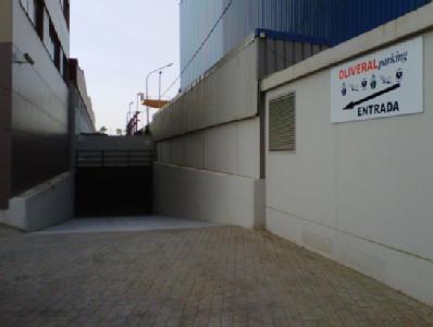 Oliveral Parking AVE