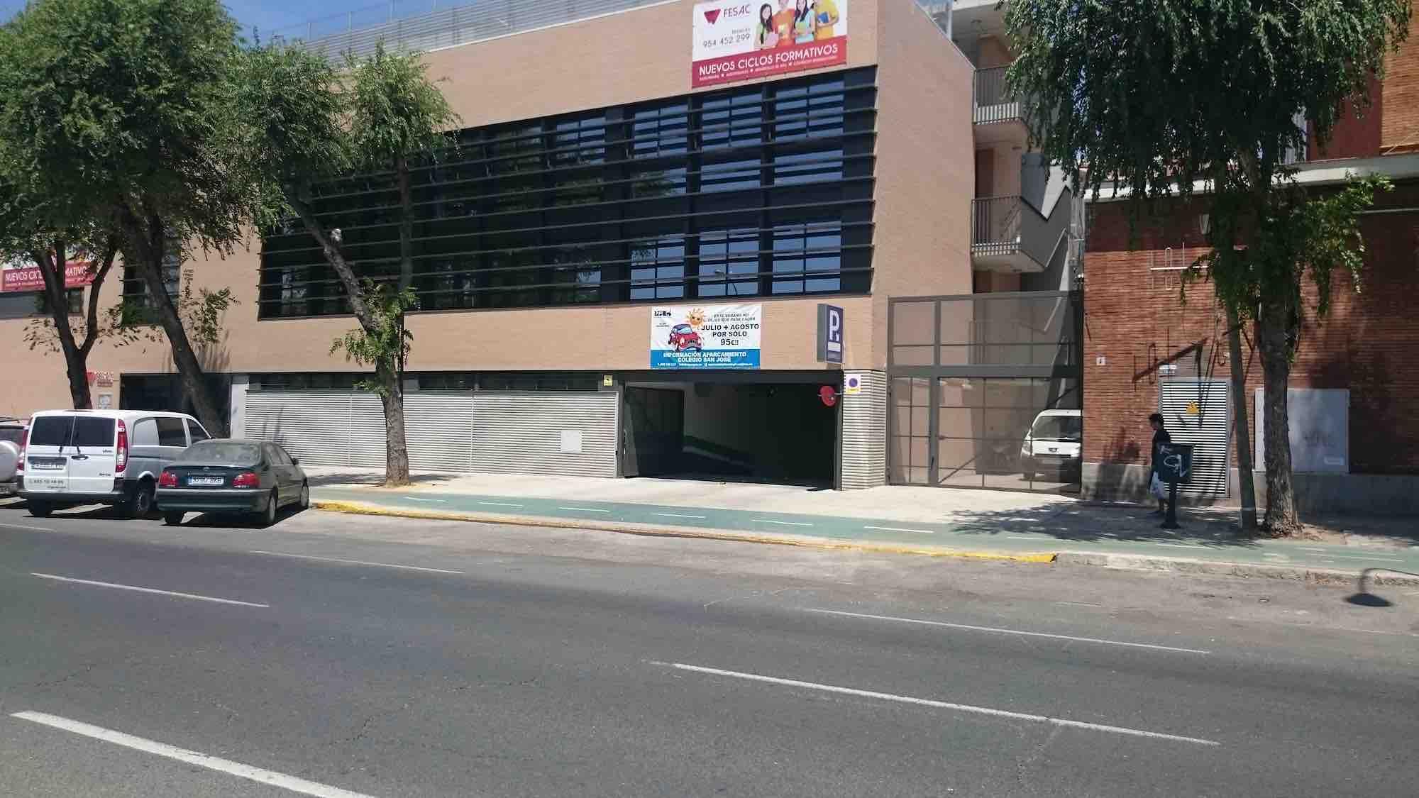 Aparcamiento Colegio San José
