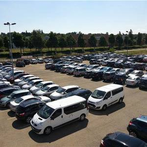 Parking parking avenue d 39 amsterdam 7 my parking ext rieur for Parking exterieur paris
