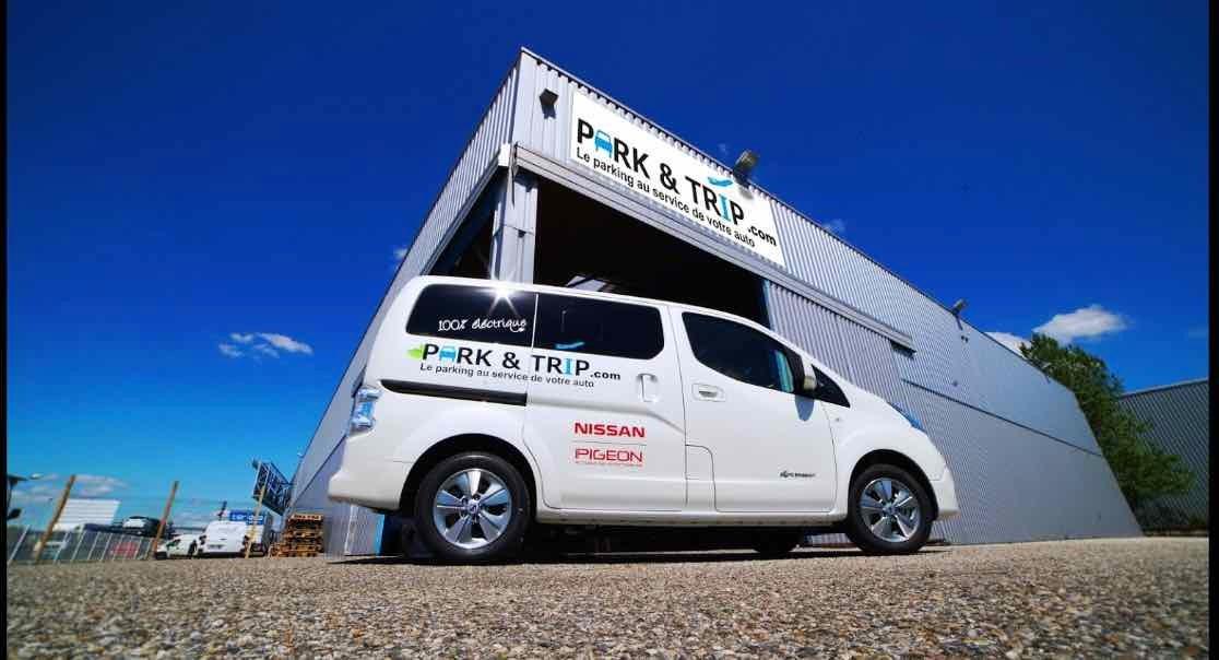Aéroport Marseille Provence Park&Trip - Extérieur