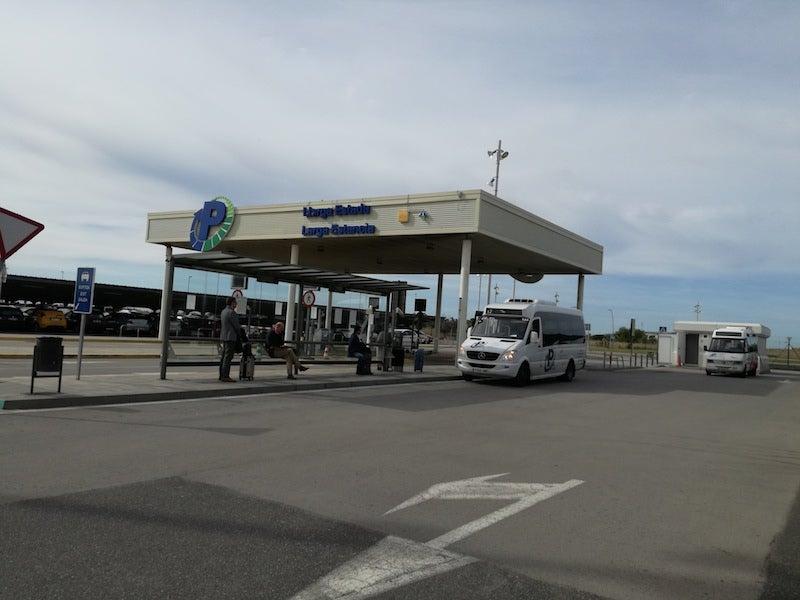 AENA Aeropuerto de Barcelona-El Prat - Larga Estancia