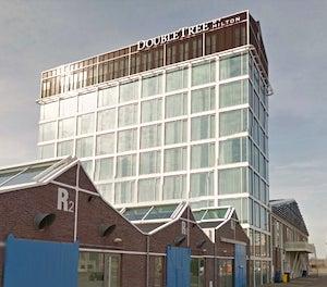 VALET PARKING - Hotel DoubleTree Hilton NDSM