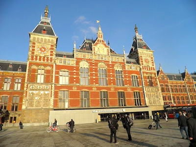 VALET PARKING - Amsterdam Centraal Station