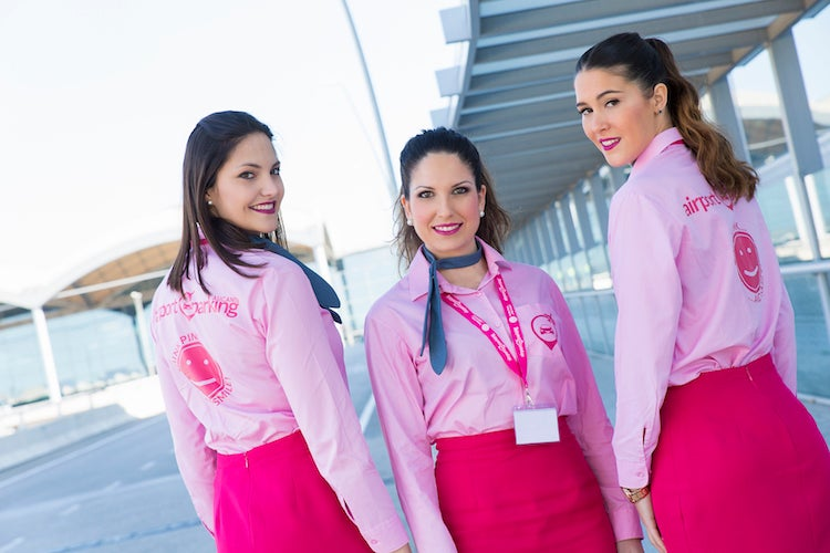 Pink Parking - Aeropuerto Alicante - descubierto
