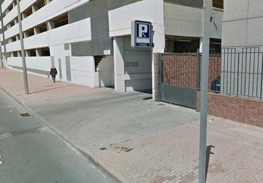 Parking Poniente